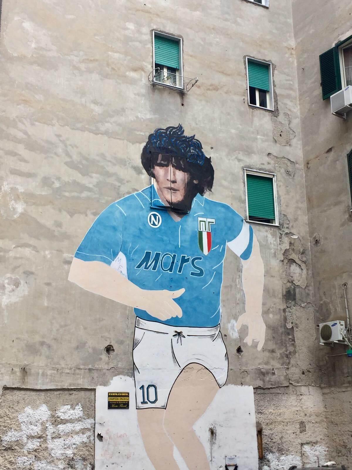 אמנות רחוב מארדונה בנאפולי