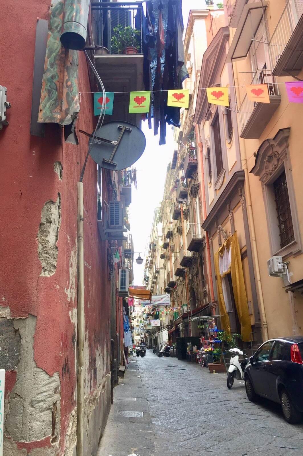 ברובע הספרדי נאפולי