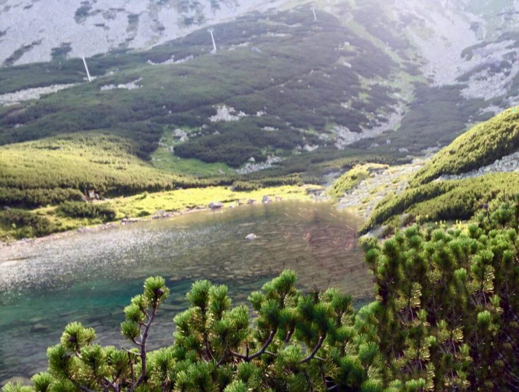 אגם אלפיני בסקלנטה פלסו. רכבל מטטרנסקה לומניצה
